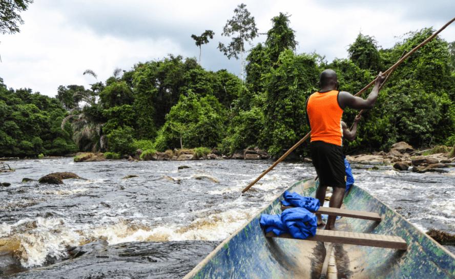 Gabon-Packraft-Expedition_River-canoe-e1454331976993