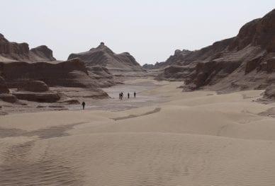 Lut-Desert-Expedition-Iran_3_TOP006_-1