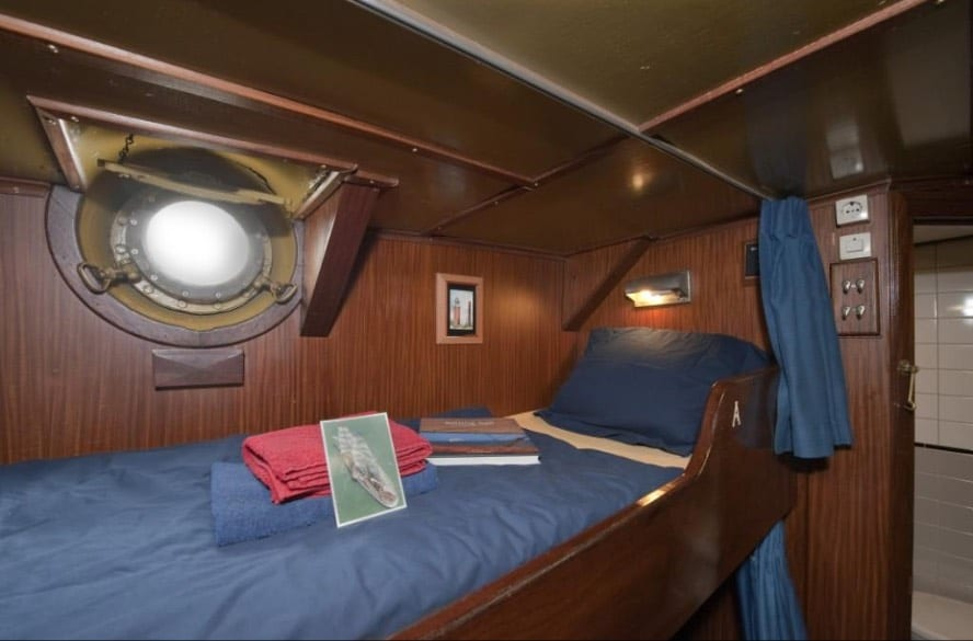 Sail across the Atlantic_VEN89_Cabin Photo by Rolf_Vogel