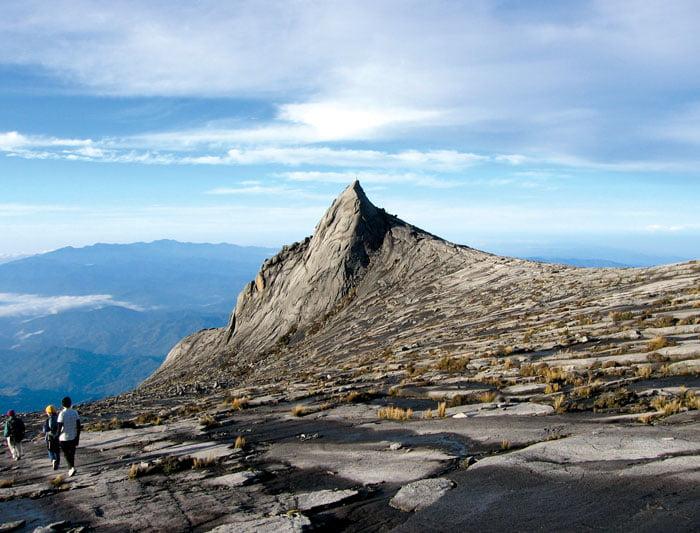 Borneo : Hike, Bike & Kayak