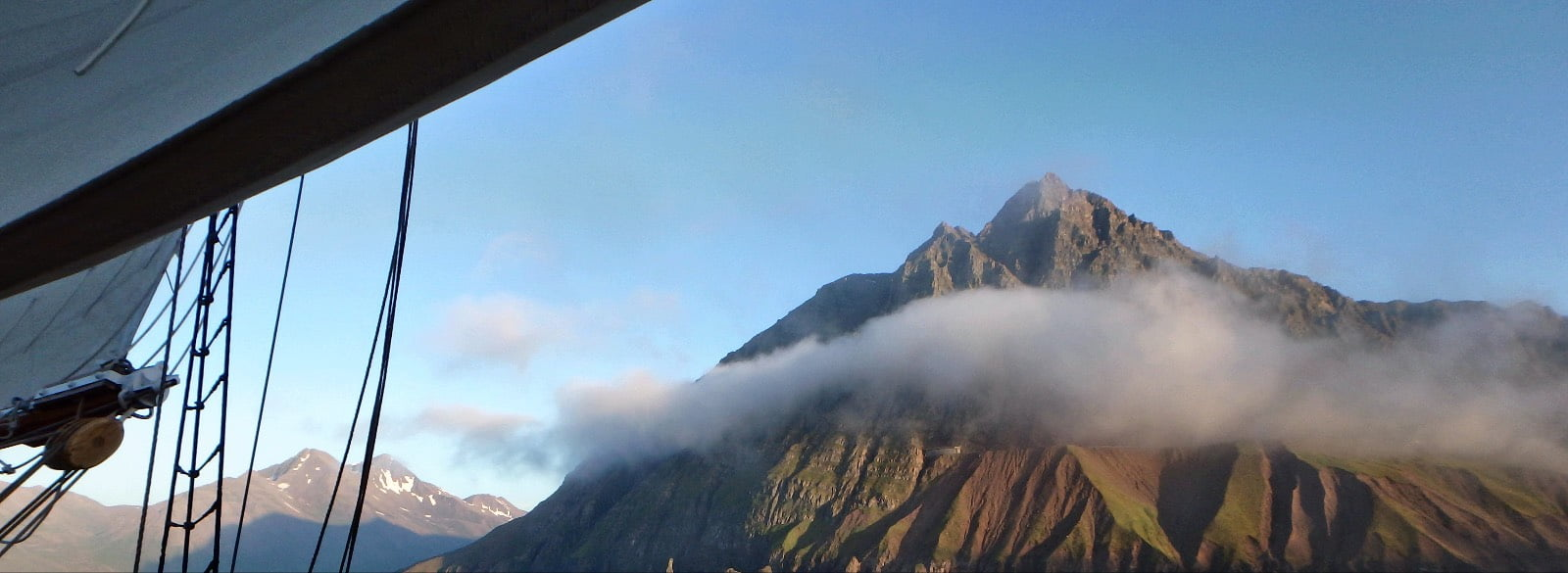 Aproaching Siglefjordur 2