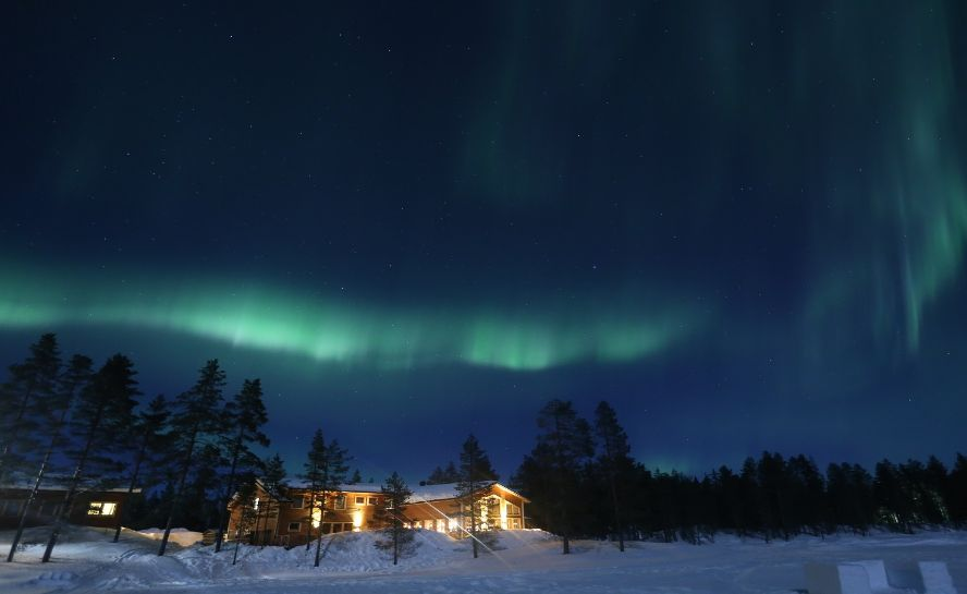 Northern Lights Winter Experiences Sweden Adventure Holiday (1)