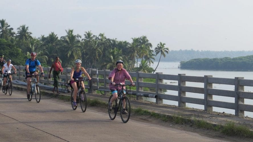 Cycle-Kerala-Tropical-India-Premium-another-world-adventures-image-1