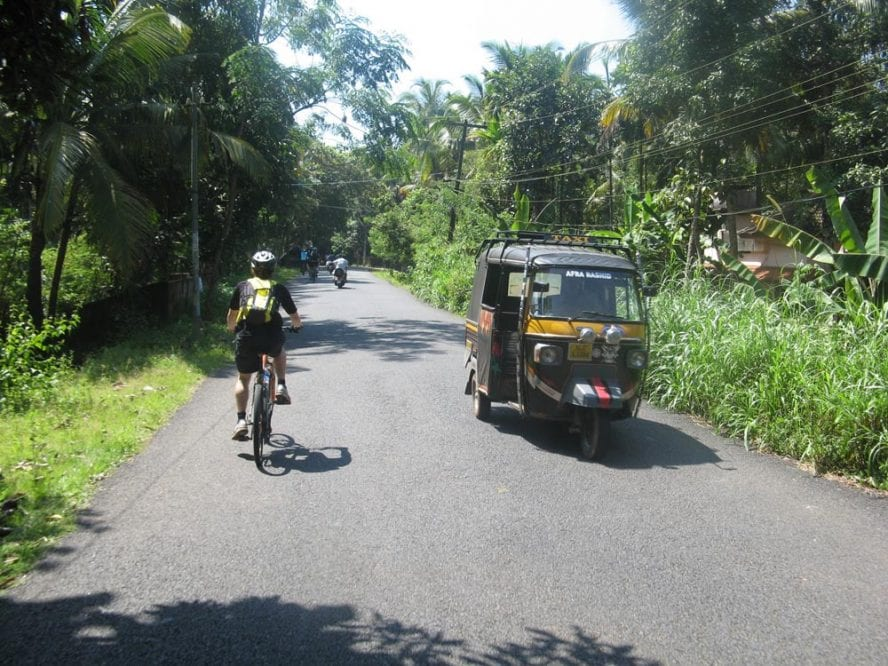 Cycle-Kerala-Tropical-India-Premium-another-world-adventures-image-10