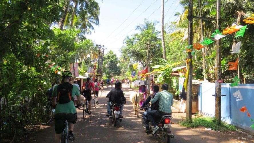 Cycle-Kerala-Tropical-India-Premium-another-world-adventures-image-6