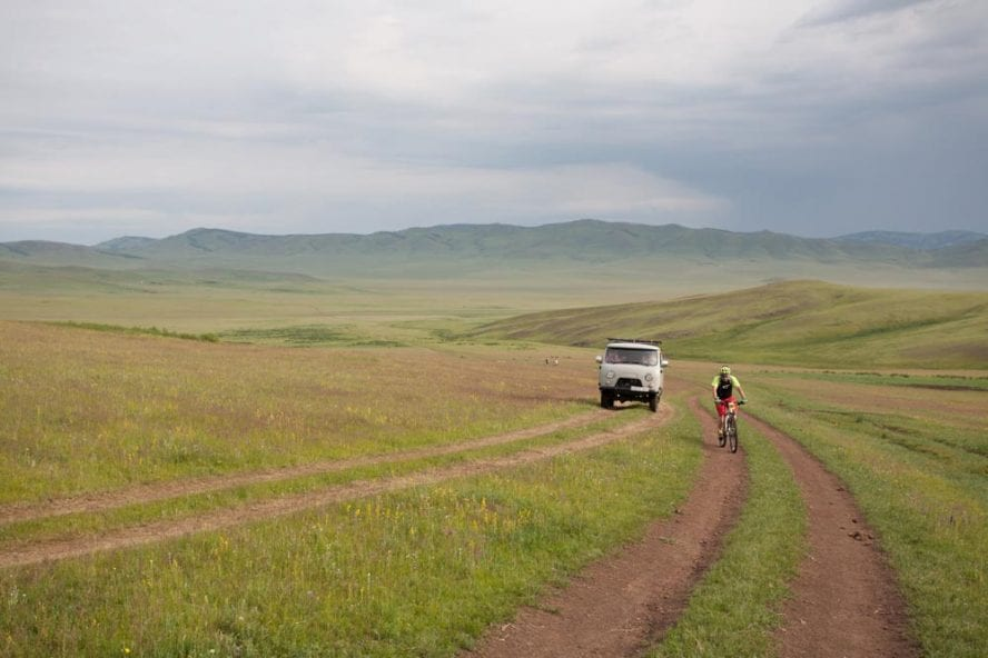 Cycling-in-Mongolia-another-world-adventures-image-3