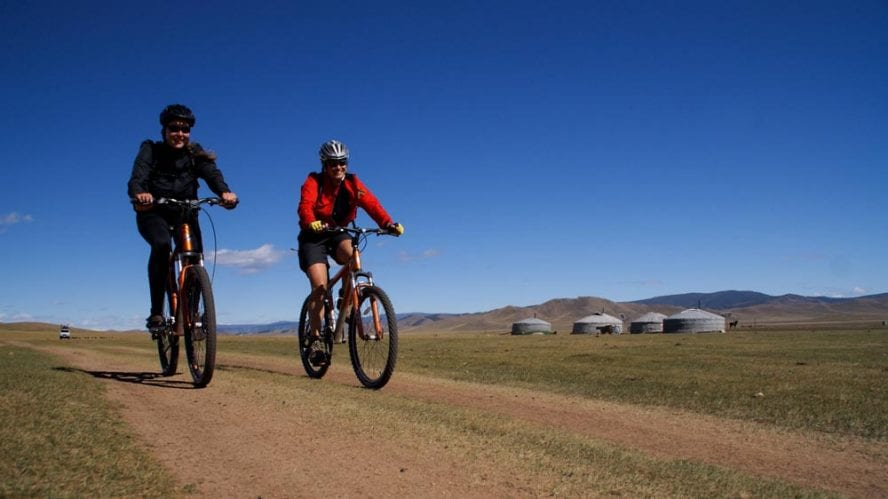 Cycling-in-Mongolia-another-world-adventures-image-8
