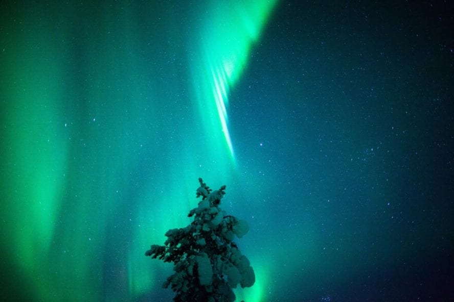 Finland-Northern-Lights-another-world-adventures-image-4