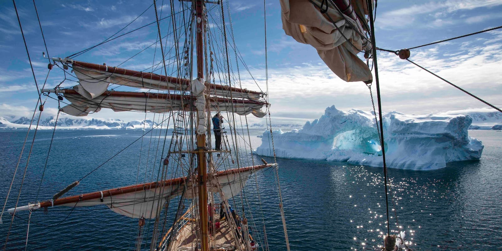 Sail Antarctica – Another World Adventures (4)