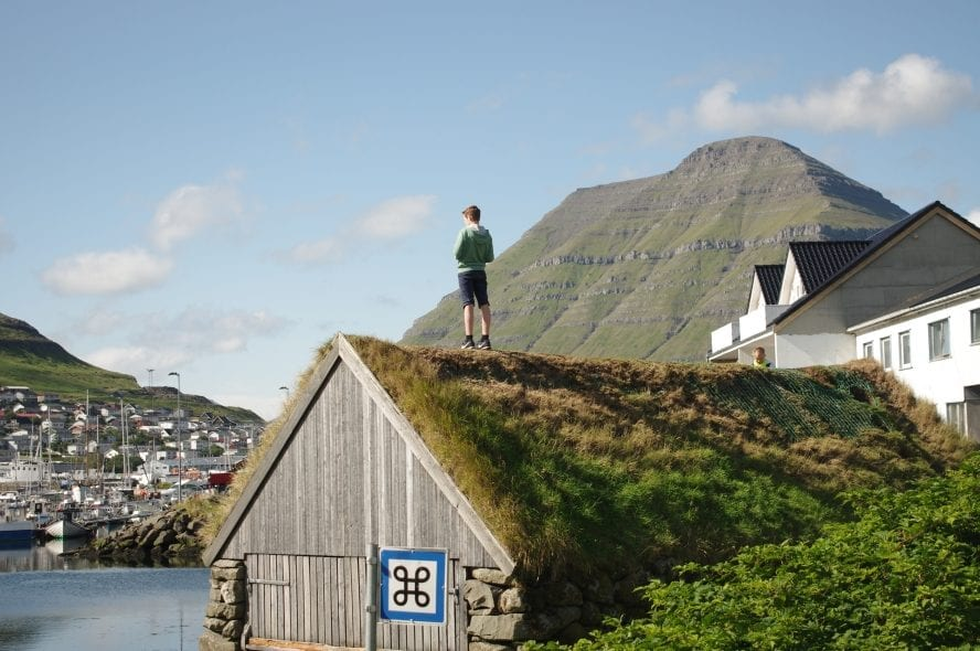 Grass roofs – faroes – © Rubicon 3