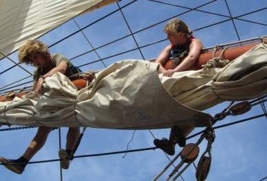 Pacific Voyage_Aloft